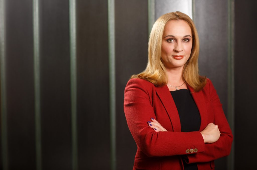 Carmen Adamescu, EY Romania
